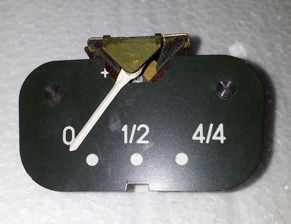 Reloj de gasolina citroen 2cv