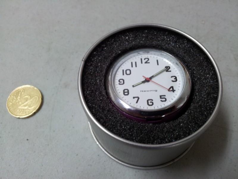 Reloj horario Salpicadero